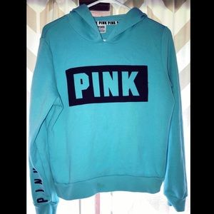 ⭐️ VS PINK Hooded Sweatshirt Size M ⭐️